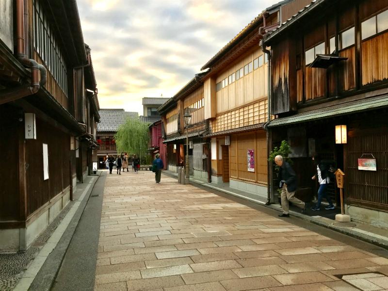 Gamle tehuse i Higashi Chaya District Kanazawa